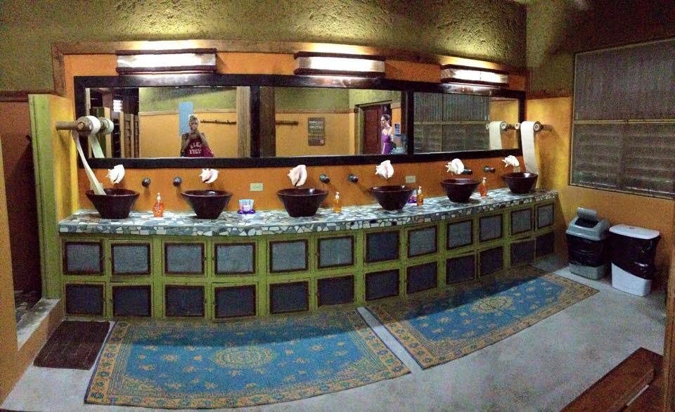 AkbolBathroom